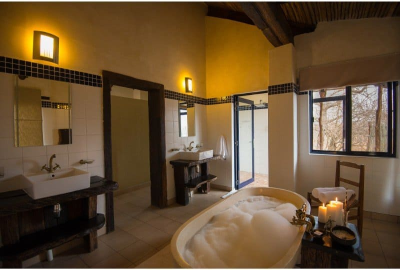 Baobab Ridge bathroom